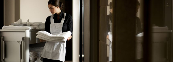 Vogue Cleaners Provides Complete Commercial Laundry Services